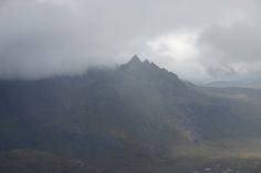 An atmospheric view of Sgurr nan Gillean from the summit of Blaven on the Isle of Skye. Scottish Mountains, Cairngorms National Park, B & B, Wonderful Places, Climbing, Scotland, National Parks, Walking, Luxury