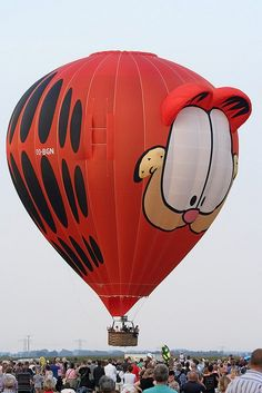Garfield! I want to go for a ride in this hot air balloon!!! @Carrie Mcknelly Mcknelly Schneider Stott!!