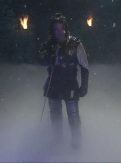 Christian Kane from the WHITE RABBIT JOB of LEVERAGE  HE REALLY IS A DIFFERENT KIND OF KNIGHT!!  LOL