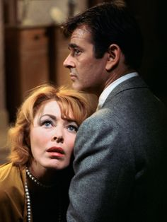 Eleanor Parker and Stuart Whitman in An American Dream Hollywood Glamour, Hollywood Stars, Old Hollywood, Classic Hollywood, Paulette Goddard, Veronica Lake, Olivia De Havilland, Bette Davis, Cary Grant