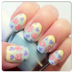 Floral Hearts #Nails