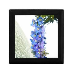 Choose from a variety of Flower gift boxes on Zazzle. Our keepsake boxes are great places to hold valuables like jewelry. Printed Napkins, Custom Gift Boxes, Keepsake Boxes, Purple, Frame, Flowers, Prints, Picture Frame, Frames