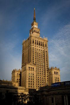 The 10 Best Places That All History Fans Must Visit In Warsaw