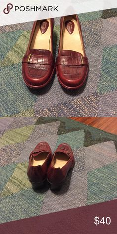 160e34b0a93 Women s shoes Leather women s loafers. Very comfortable. Worn one time  only. Clarks Shoes
