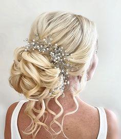 A soft romantic low bun #weddinghairessex #bridetobe #weddinghair #bridalhair #hairupideas Date Hairstyles, Wedding Hairstyles, Bridal Hair Up, Wedding Trends, Hairdresser, Romantic, Hair Styles, Beautiful, Hair Plait Styles
