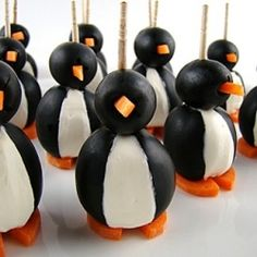 Olive Penguins! 3 ingredients plus toothpicks.