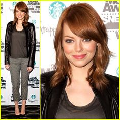 Chic Clicks: Emma Stone Causes Red Hair Trend, Plus: Cyber Monday Sales Break…