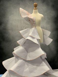 Fashion Design Drawings, Fashion Sketches, Dress Sewing Patterns, Clothing Patterns, Fashion Sewing, Diy Fashion, Fashion Illustration Face, Pattern Draping, Paper Fashion