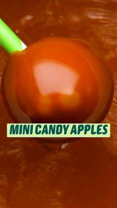 Fun Desserts, Carmel Desserts, Delicious Desserts, Dessert Recipes, Yummy Food, Apple Desserts, Fun Baking Recipes, Apple Recipes, Sweet Recipes