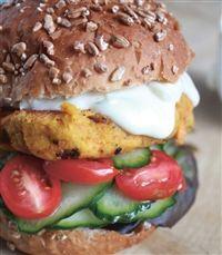 Weigh-Less Online - Chickpea And Feta Burgers Salmon Burgers, Feta, Potatoes, Vegetarian, Chicken, Ethnic Recipes, Health, Salmon Patties, Salud