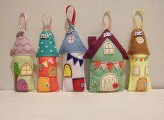 Items similar to Miniature felt fabric houses. Christmas & New Year's gift. Fairy fabric houses with metal charm on Etsy Felt Crafts Diy, Felt Diy, Handmade Felt, Fabric Crafts, Sewing Crafts, Sewing Projects, Diy Christmas Tags, Christmas Sheets, Christmas Ornament Crafts