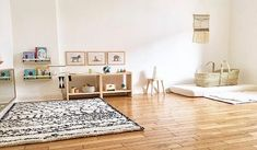 How we implement the principles of Maria Montessori in our home. How we implement the principles of Maria Montessori in our home. Montessori Toddler Rooms, Montessori Bedroom, Maria Montessori, Ikea Montessori, Montessori Elementary, Montessori Preschool, Baby Bedroom, Baby Room Decor, Baby Playroom