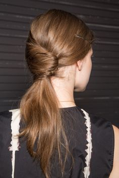 swooped back ponytail // must try this