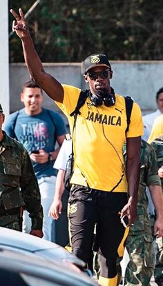 The greatest Usain Bolt wearing the Ray-Ban RB2132! Get your own at our website now :)