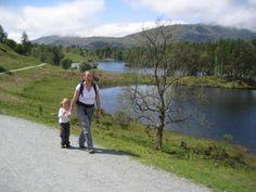 Perfect Lakeland walking day at Tarn Hows .