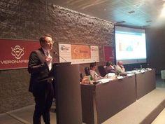 Il mercato #efficienzaenergetica al centro dell'intervento di Gallorini #Smartenergy pic.twitter.com/hl6dT4F197