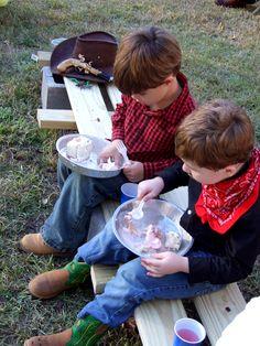 Cowboy party : Tin Plates. Use cheap pie pans. Brilliant!