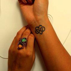 Family tattoo idea @Marjorie Smith Carroll @Bobbie Mitchell Johnson @Amy Lyons Schipske @Diana Avery Marie