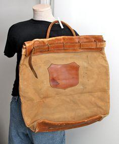 "vintage bank bag // canvas & leather // Wells Fargo shield // Wells by RedTuTuRetro //21""x21"""