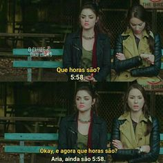 O tempo nn passa Prety Little Liars, Pll Memes, Series Movies, Ouat, Gossip Girl, First Love, Tv Shows, Humor, Aria Montgomery