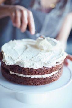 Why you should chill your cakes before frosting. Trying to learn how to frost a cake? You HAVE to read this. This simple baking tip makes such a HUGE difference in making a perfectly frosted cake!