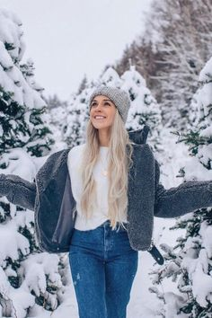 30 Adorable Winter Outfits With Beanies - - How cute is this winter outfit with that beanie! Informationen zu 30 Adorable Winter Outfits With B - Winter Outfits For Teen Girls, Winter Mode Outfits, Winter Fashion Outfits, Casual Outfits, Cute Outfits, Outfit Winter, Fashion Ideas, Beanie Outfit, Slouchy Beanie