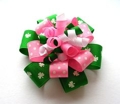 This is a good site for all sorts of pretty hair bows.