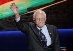 Democratic US presidential candidate and U. Senator Bernie Sanders waves at the start of the Democratic U. presidential candidates' debate in Flint, Michigan, March 2016 Photo By: REUTERS Blood Libel, The Future Of Us, Israel News, Important News, Us Election, Presidential Candidates, Bernie Sanders, Maine, Politics