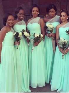 Best Wedding Dresses Mermaid Plus Size Bridesmaid Gifts Ideas Mint Bridesmaid Dresses, Red Wedding Dresses, Luxury Wedding Dress, Bridal Dresses, Braids Maid Dresses, Wedding Bridesmaids, Bridesmaid Gifts, Dream Wedding, Lace Ball Gowns
