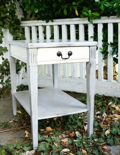 Antique side table with Annie Sloan Paris grey and old white.  Clear and dark wax with light distressing on the edges.    $85 Upcycled Furniture, Shabby Chic Furniture, Painted Furniture, Home Furniture, Dining Tables, Entryway Tables, Annie Sloan Paris Grey, Dark Wax, Silver Spoons