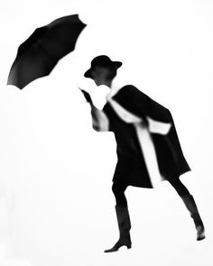 Black And White Coat, Lillian Bassman, 1950 Sarah Moon, Paolo Roversi, Black And White Coat, Black White Photos, Peter Lindbergh, Photography Career, Fashion Photography, Banks, Berenice Abbott