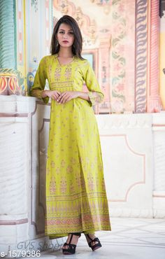 Gowns Fabulous Rayon Slub Women's Gown Fabric: Rayon Slub Sleeves: 3/4 Sleeves Are Included Size: Gown - S - 36 M - 38 in L - 40 in XL - 42 in XXL - 44 in  Length: Up To 52 in Type: Stitched Description: It Has 1 Piece Of Women's Long Gown Work: Printed Country of Origin: India Sizes Available: S, M, L, XL, XXL, XXXL   Catalog Rating: ★4 (253)  Catalog Name: Arianna Fabulous Rayon Slub Women's Gowns CatalogID_205277 C79-SC1289 Code: 165-1579386-0741