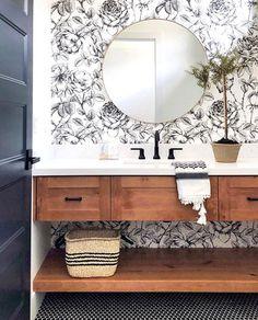 Kathleen Field • Utah Designer (@lindsay_hill_interiors) #BathroomRemodel