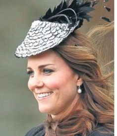 62b6e4297a5 Vivien Sheriff Black and White Feathered Fascinator Kate Middleton Hats