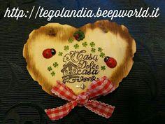 "My handmade creations... Wood heart "" home sweet home ""... http://tegolandia.beepworld.it"