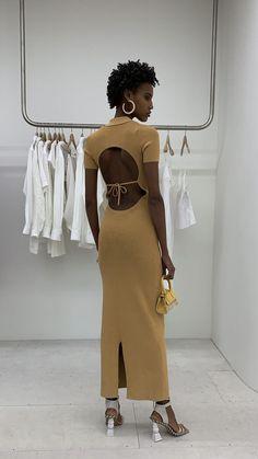 Runway Fashion, Fashion Models, Fashion Show, Fashion Looks, Fashion Outfits, Fashion Images, Modern Fashion, Daily Fashion, Vintage Couture