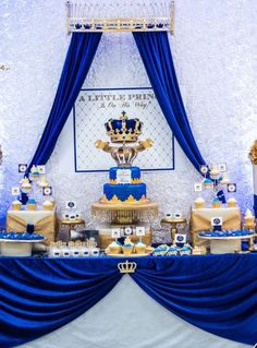 Royal Prince Ba Shower Party Ideas Photo 2 Of 26 in Baby Shower Principe - Party Supplies Ideas Baby Shower Azul, Royal Baby Shower Theme, Boy Baby Shower Themes, Baby Shower Gender Reveal, Baby Boy Shower, Baby Shower Decorations, Shower Centerpieces, Balloon Decorations, Prince Birthday Party