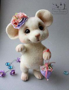 *NEEDLE FELTED ART ~ Toy animals, handmade.  Fair Masters
