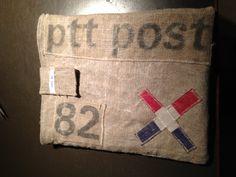 Ipad hoesje van retro ptt postzakken