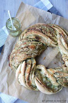 Experimente aus meiner Küche: Pestokranz #breadbakingfriday
