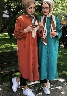 Dubai Fashion, Abaya Fashion, Muslim Fashion, Fashion Outfits, Hijab Style, Hijab Chic, Simple Pakistani Dresses, Modele Hijab, Modest Wear