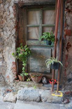 Doorway to Portovenere