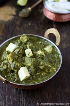 Palak paneer is a tasty restaurant dish which is famous throughout India and Pakistan. It has Palak (Spinach) and Paneer which is Indian f. Restaurant Dishes, Delicious Restaurant, Indian Cheese, Egg Dish, Palak Paneer, Spinach, Nom Nom, Curry, Dinner