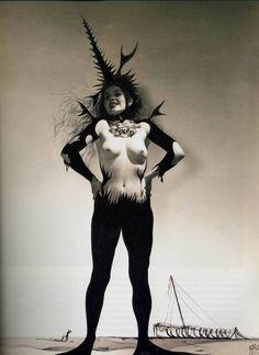 billyjane:Horst P Horst andSalvador Dali, Etude sur le rEve de VEnus 'Study on the Dream of Venus' for Salvador Dali's 1939 World's Fairpavilion via adski_kafeteri: