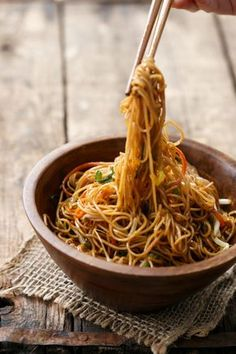 Cantonese Stir-Fry Soy Sauce Noodles Recipe