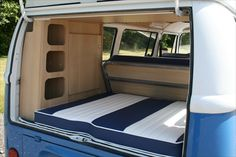 The Camper Shak - Hand Crafted VW Camper Interiors Mais Kombi Camper, Kombi Home, Vw Camper Vans, Volkswagen Transporter, Volkswagen Bus, Combi Vw T2, Do It Yourself Camper, Van Vw, Kangoo Camper