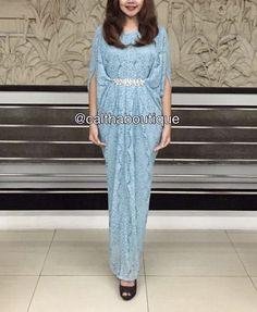 Abaya Fashion, Ethnic Fashion, Women's Fashion, Batik Dress, Blouse Dress, Kaftan Gown, Hijab Dress Party, Kaftans, Kebaya
