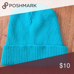 Turquoise beanie Color is not accurate. Definitely more green than blue. No trades. Accessories Hats