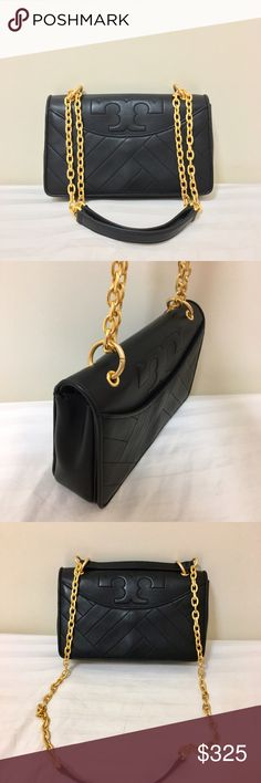 a2f467bf1ecd Tory Burch Alexa Shoulder Bag From the Fall 2017 Tory Burch collection!  Condition  Excellent