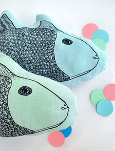 All the Luck in the World Windstilte fish cushion blue 40 cm - All the Luck in the World